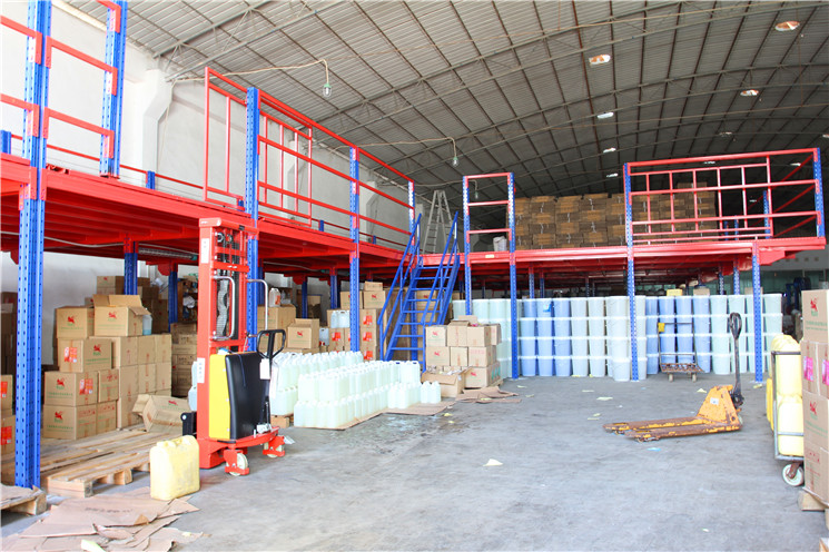 阁楼货架    阁楼式货架系统是在已有的工作